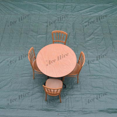 Wooden 3ft Round Table (2-4 People)