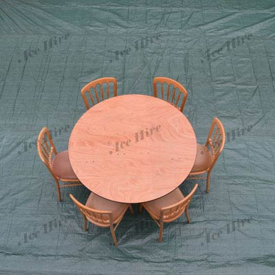 Wooden 4ft Round Table (4-6 People)