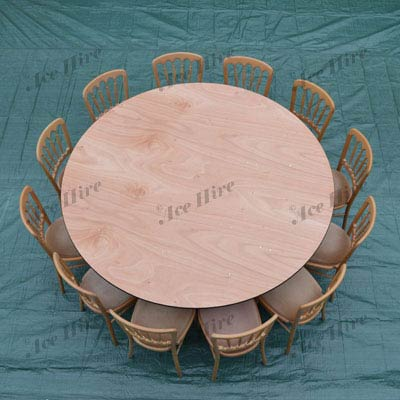 Wooden 6ft Round Tables (10-12 People)